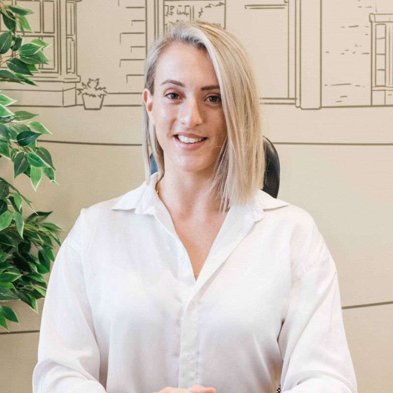 Beth Saunders - Marketing Executive